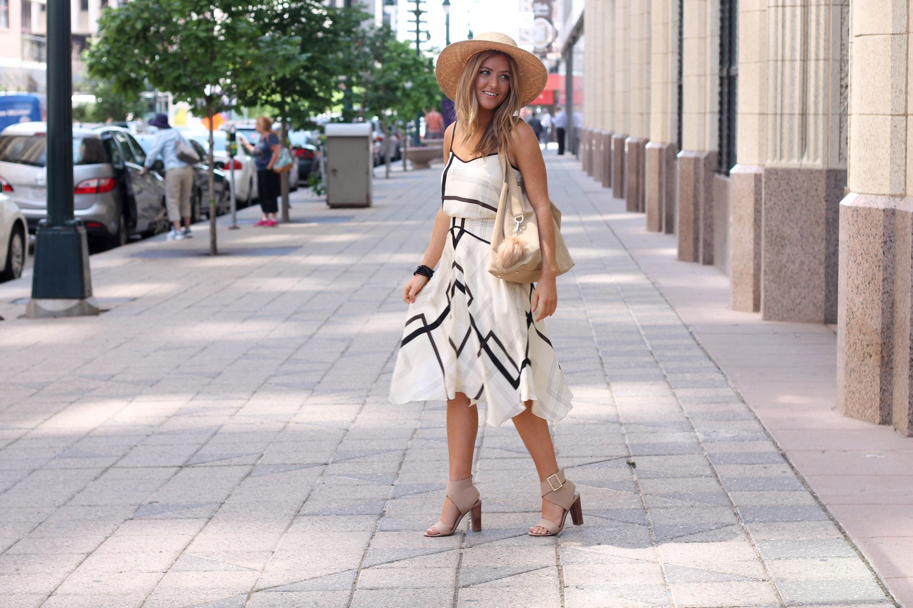 banana republic dress with boater hat