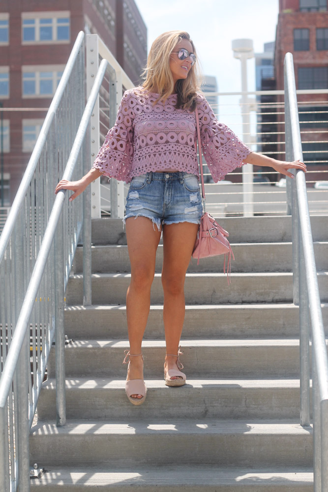 amber from every once in a style in lavender crochet top from chic wish and pink splendid espadrilles