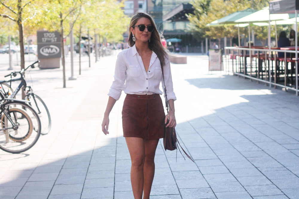 amber from every once in a style wearing forever21 suede skirt at denver's union station
