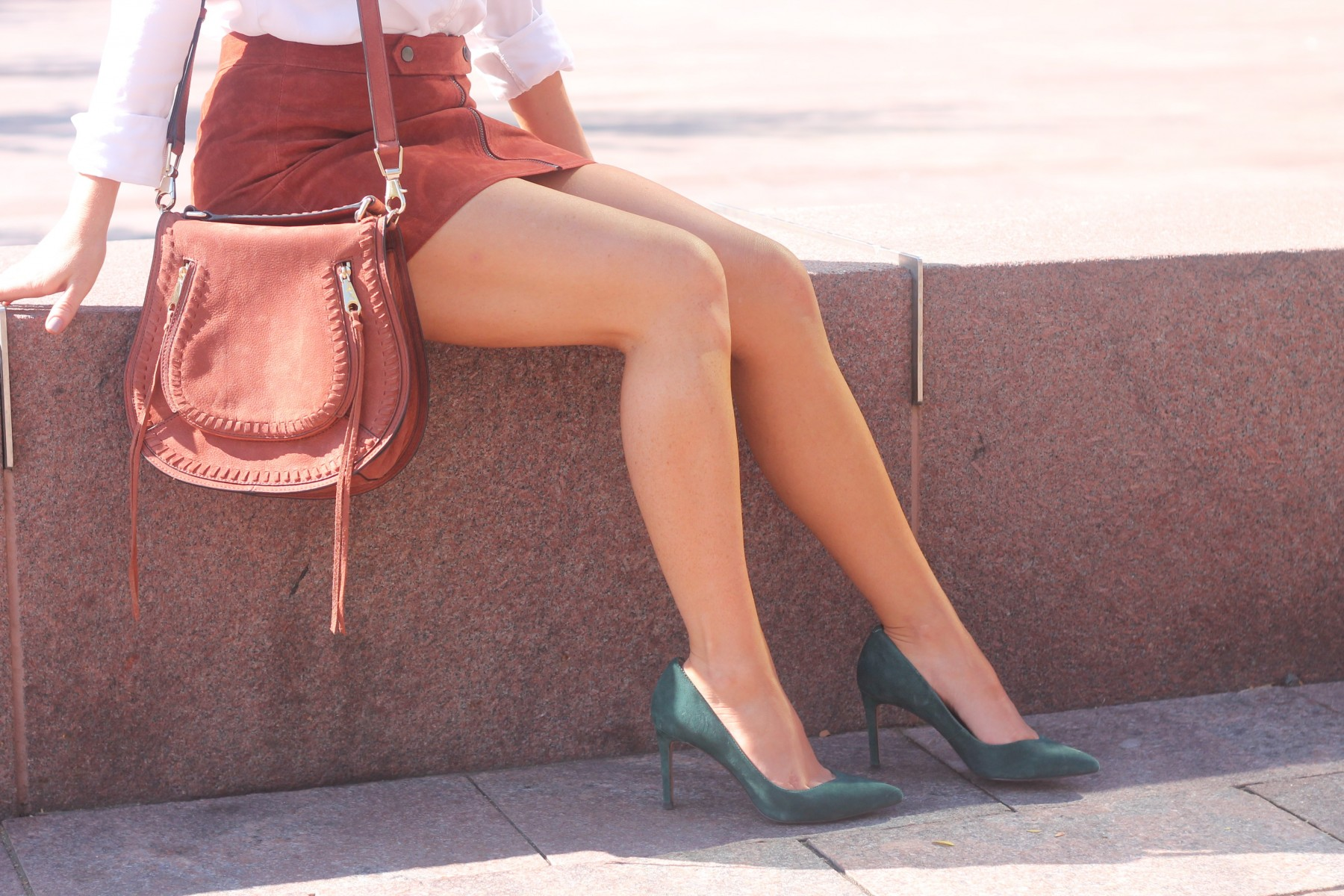rebecca minkoff suede whiskey saddle bag and banana republic green suede heels