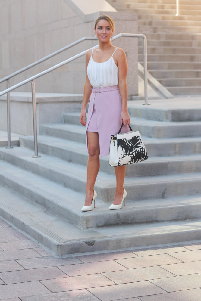 amber from every once in a style wearing pink split hem belted chic wish skirt