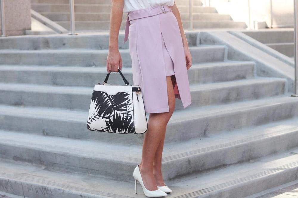 Pink belted split hem chic wish skirt with palm print charming charlie bag