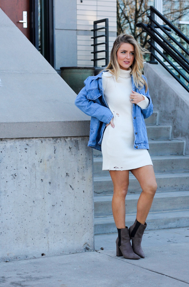 Amber from Every Once in a Style is wearing a forever 21 sweater dress