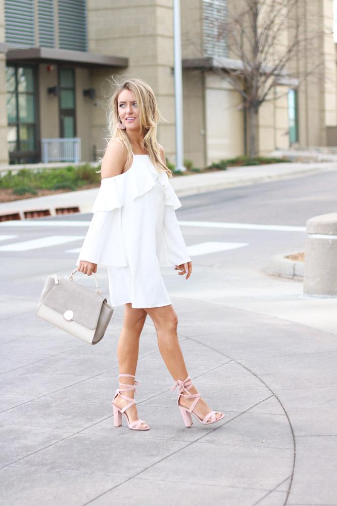 Nude satchel and pink heels