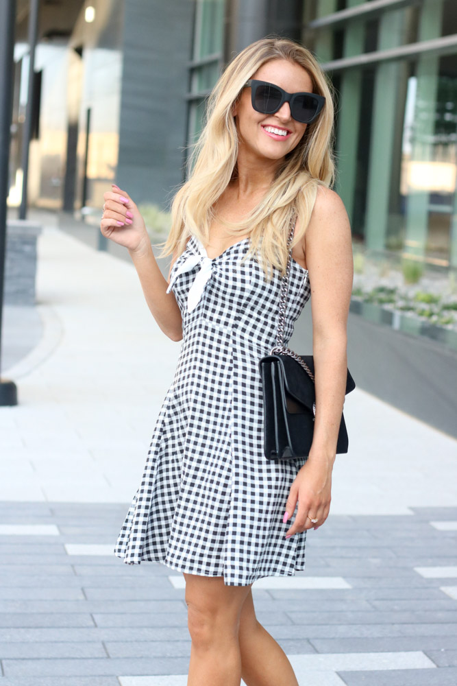 Amber from Every Once in a Style is wearing || Gingham Black and White Dress || Quay Sunglasses