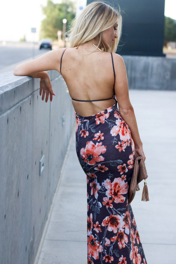 Amber from Every Once in a Style is wearing || floral  backless maxi dress